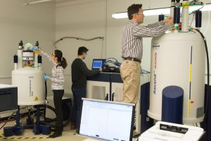 JCESR researchers performing liquids and solids NMR experiments at Argonne.